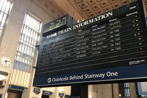 train info flip board at 30th street station